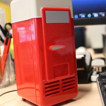 USB Desktop Fridge
